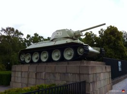 berlin-germany-tiergarten-tank