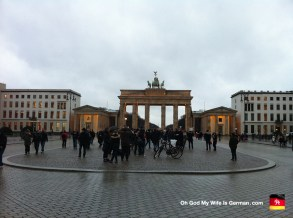 06-brandenburg-gate-berlin-germany-2013