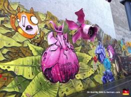 12-berlin-graffiti-amazing-germany-flower