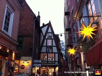 37-schnoor-medieval-neighborhood-bremen-deutschland