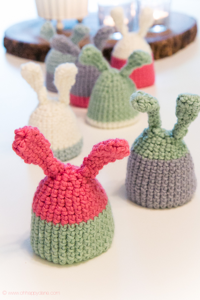 DIY crochet bunny egg hats