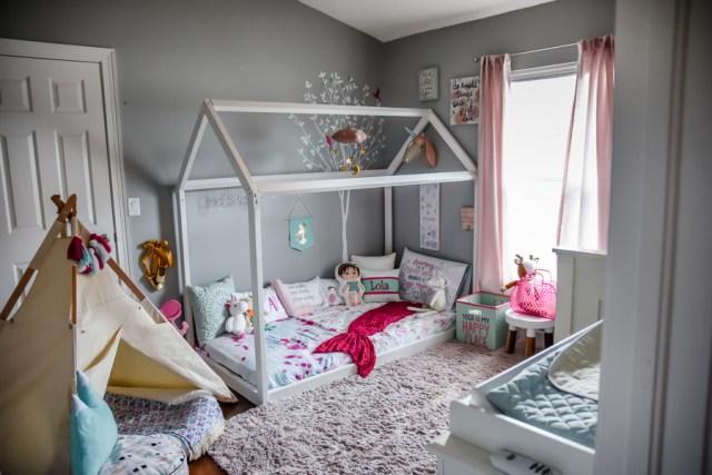 Girls Bedroom | Montessori Floor Toddler bed | DIY house frame floor bed