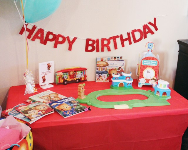 A Daniel Tiger Themed 3rd Birthday Party Oh Happy Play