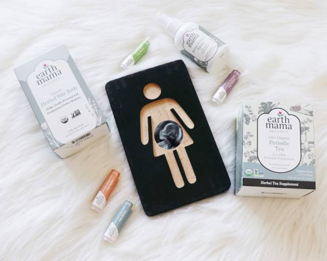 Trying to figure out what you need after baby? Florida Motherhood blogger, Oh Happy Play, shares 5 Postpartum Must-Have Products For Mom!