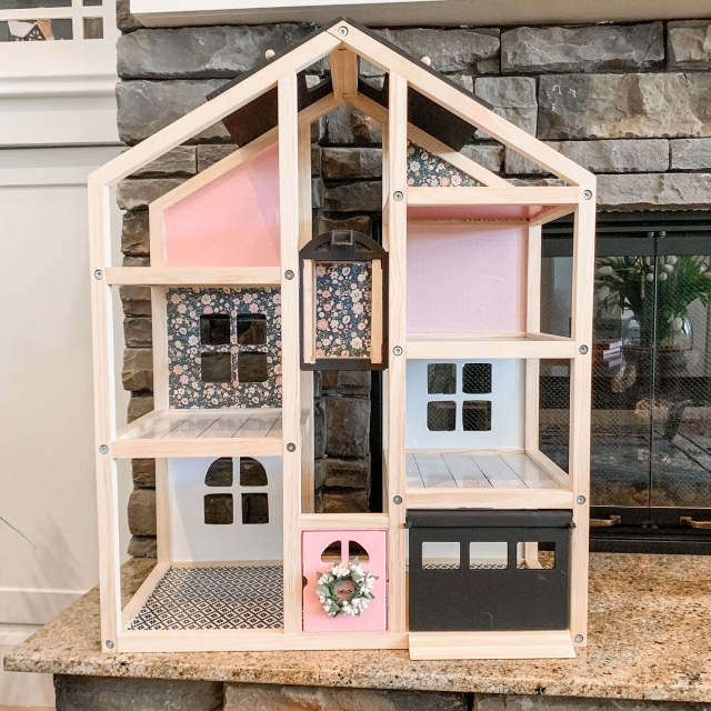 DIY easy dollhouse makeover, dollhouse hack, Ikea hack, modern dollhouse, dollhouse for toddlers