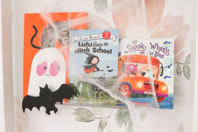 halloween books for toddlers, halloween books for preschoolers, halloween books 2019., halloween books for children, cute halloween books, halloween bookshelf design