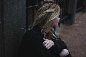 woman waiting infertility