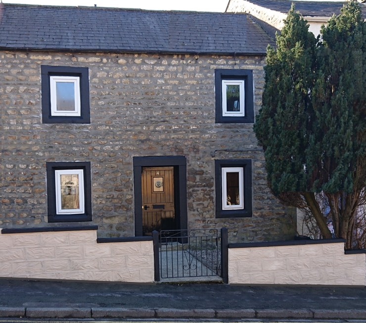 Click to find out about our cosy Bentham cottage.