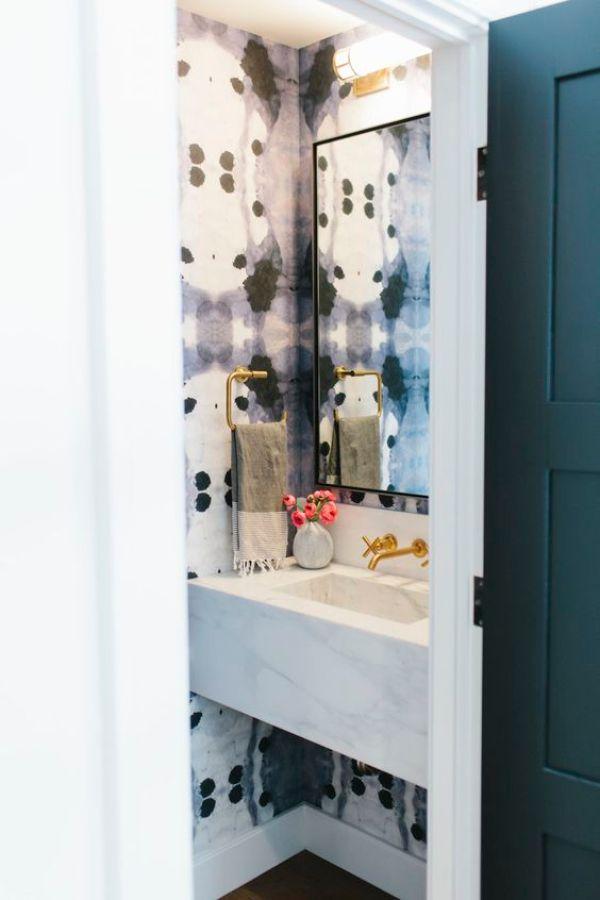 bold pattern in bathrooms via oh, i design blog