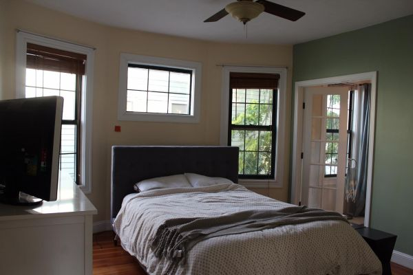 before-master-bedroom