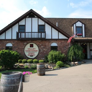 Valley Vineyards ~ ohiogirltravels.com