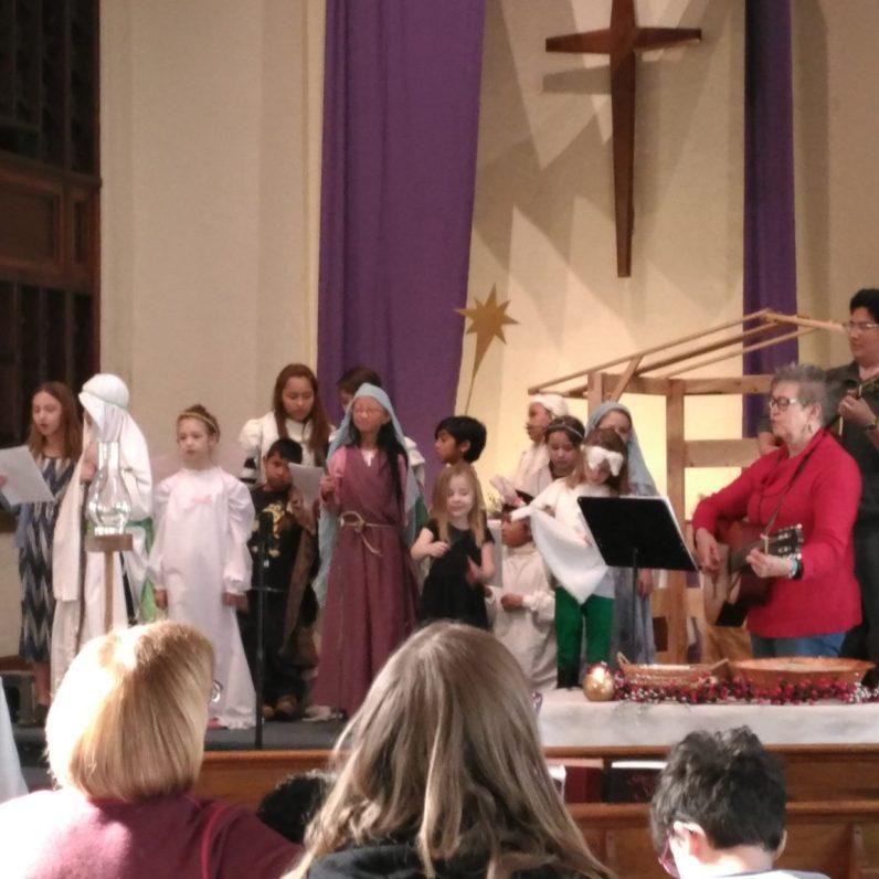 Children's Bilingual Nativity Play
