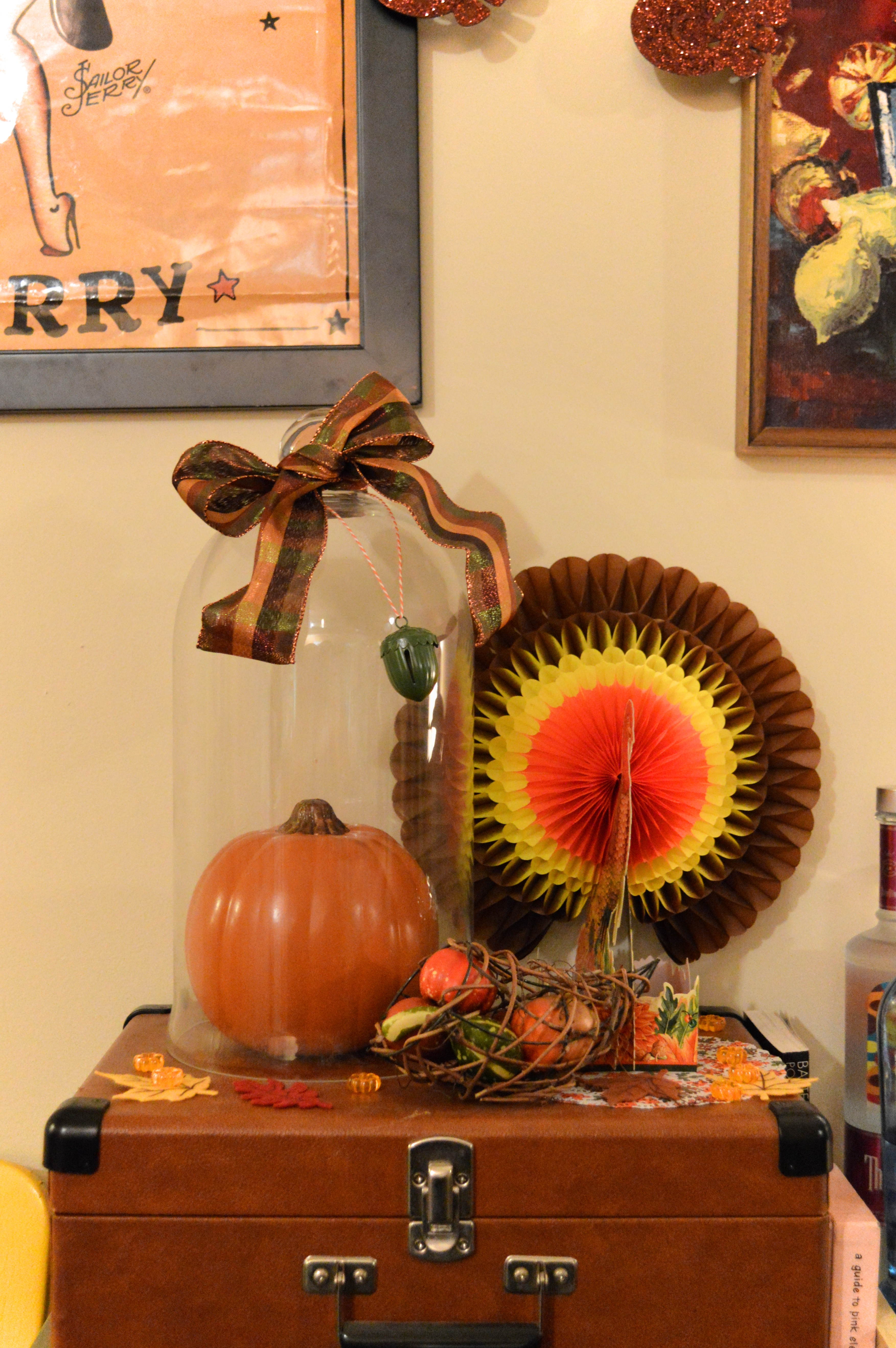 Thanksgiving 101: Decorations and Tips (& a DIY project ...
