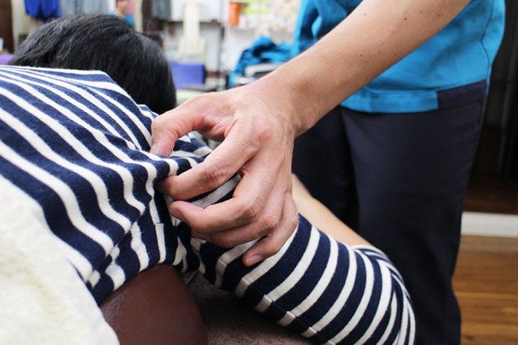 肩の痛みへの筋膜リリース