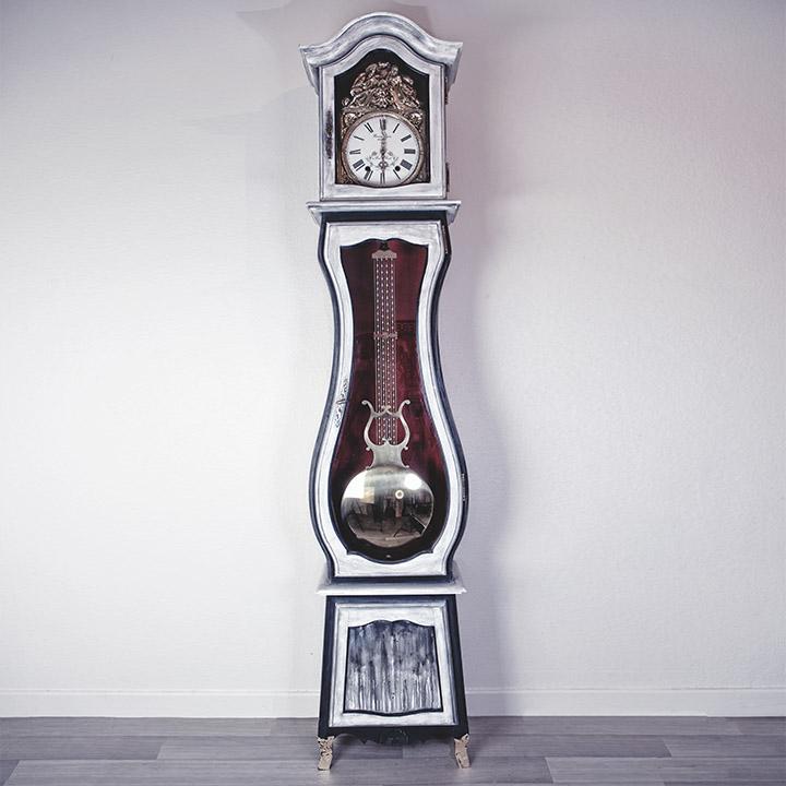 horloge comtoise relookée noir et blanc chalky paint