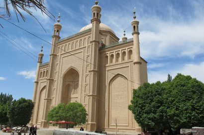 Artush Eshtachi Grand Mosque is seen in Artush, in China's northwest Xinjiang province. (Photo by Marie Bourquin; photo courtesy of Bahram Sintash)
