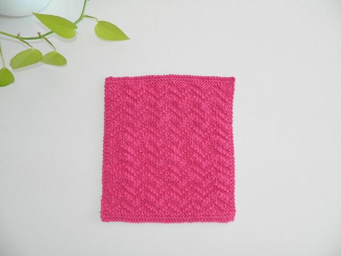 Chevron knitting pattern BLOCK 12 of 12 blocks of Xmas knitted blanket OhLaLana dishcloth free pattern