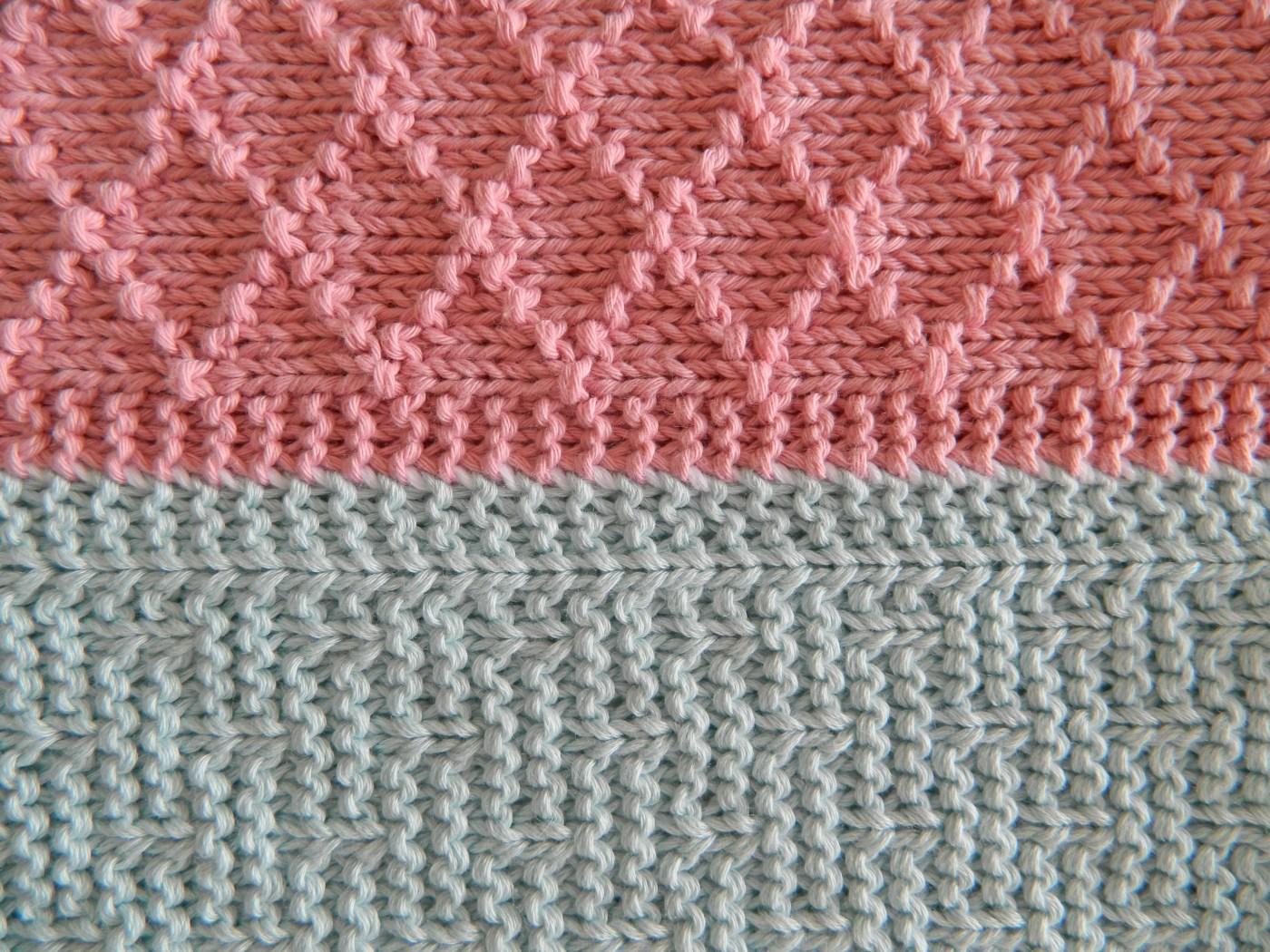 vertical seam knitting edge to edge