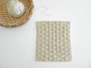 BLOCK 10 of 12 blocks of Xmas knitted blanket – OhLaLana!
