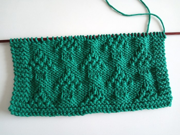 INTO THE FOREST stitch knitting pattern 52 SQUARE PICKUP knitted blanket INTO THE FOREST knitting pattern OhLaLana dishcloth free pattern
