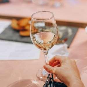Le vin contient-il du sucre