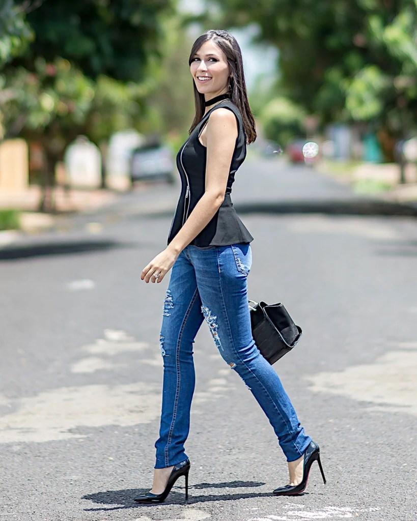 Mônica Araújo veste Hipsters Denim e Zara nesse look perfeito para trabalhar, veja no Oh My Closet!