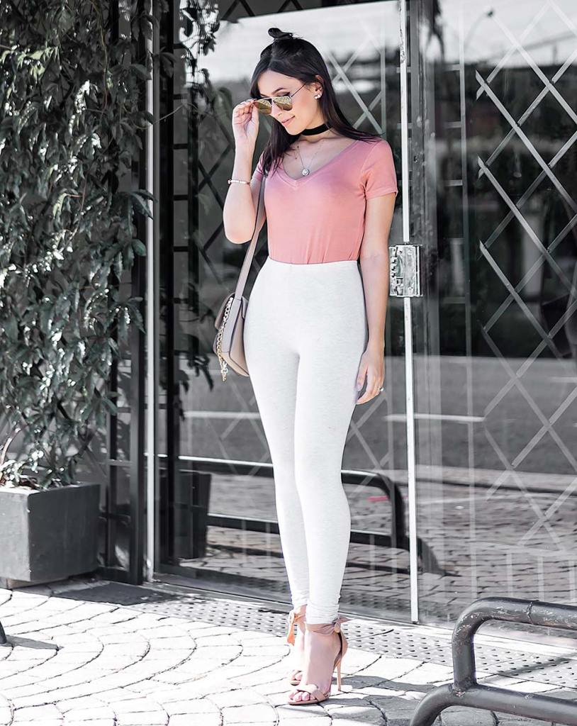 Look basic rosa blush Renner Dafiti influencer Mônica Araújo.