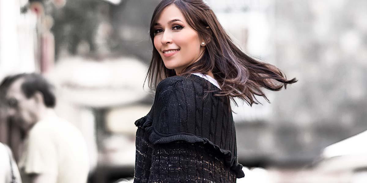Capa de tricot da S Trend com a blogger Mônica Araújo.
