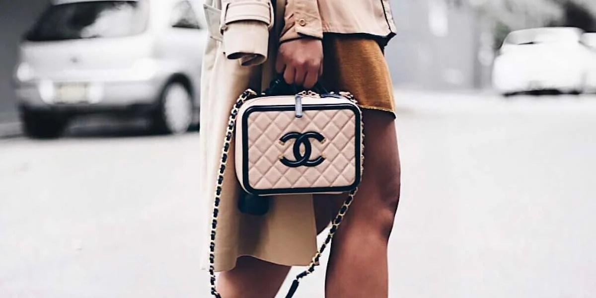 Chanel Filigree small light beige.