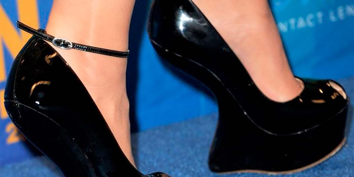 Salto phantom sandália preta