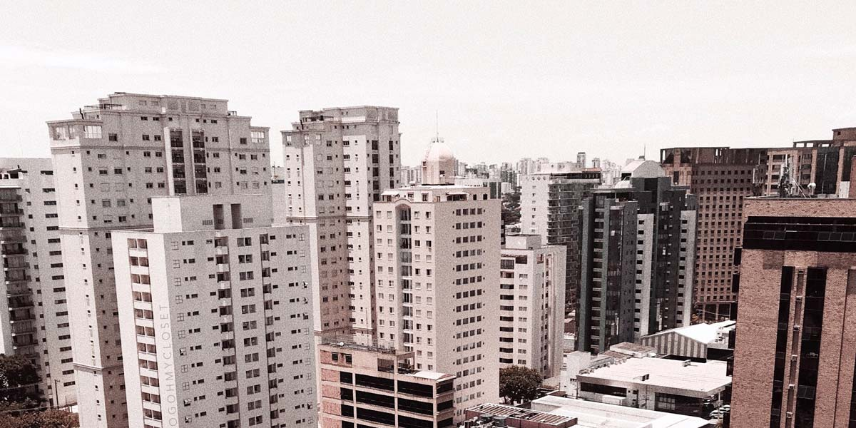 Vista da Avenida Ibirapuera a partir do hotel Meliá Ibirapuera.