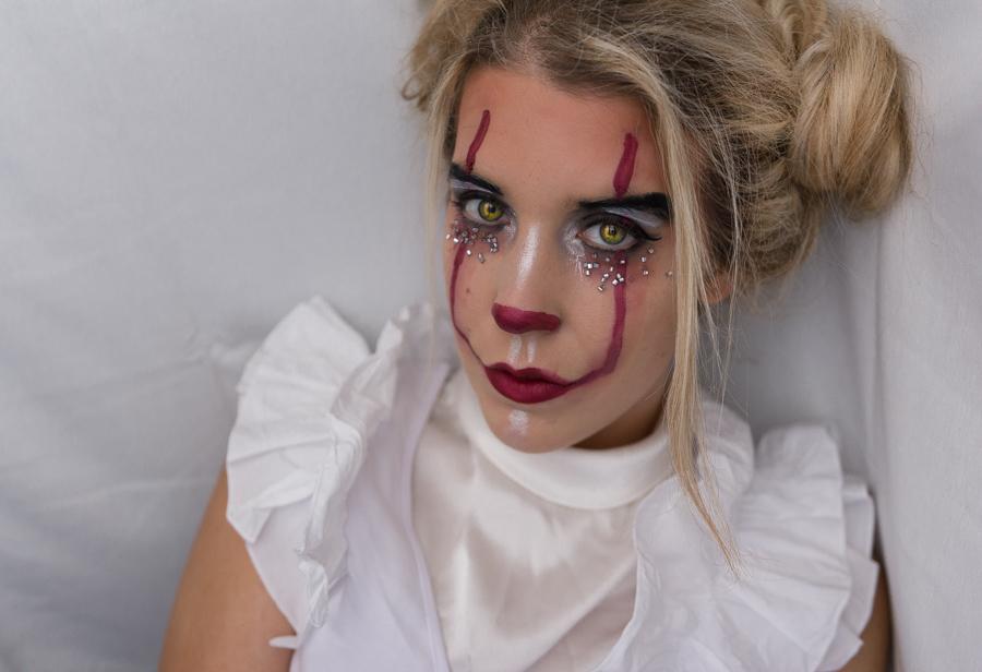 halloween makeup clown a blog beaut mode et lifestyle. Black Bedroom Furniture Sets. Home Design Ideas