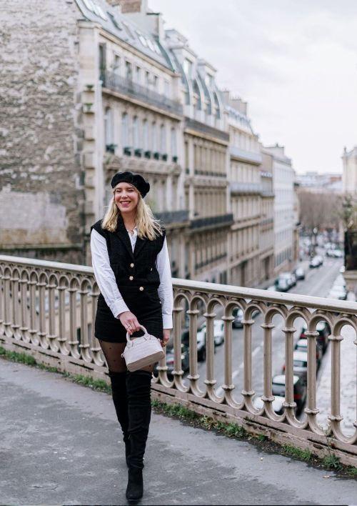 Blogueuse mode dans Paris