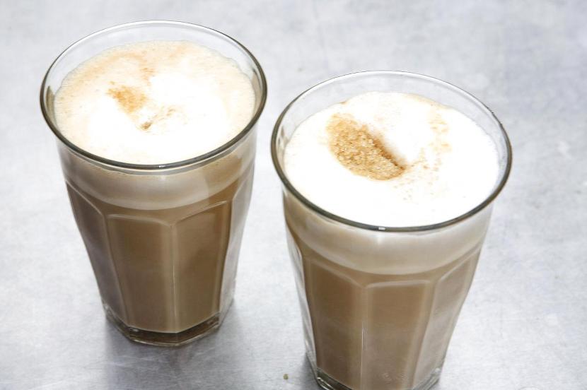 6392164-cafe-latte