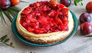 Glutenvrije cheesecake met pruimencoulis