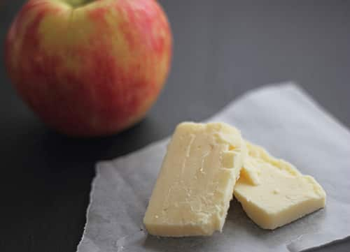 Aged Cheddar & Honeycrisp Apple