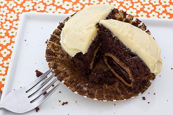 Cadbury Chocolate Creme Egg Cupcakes