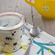 Vanilla Blackberry Overnight Oatmeal