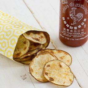 Baked Sriracha Potato Chips [close]