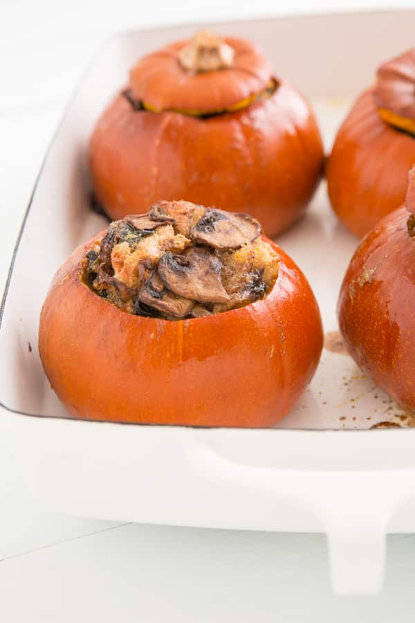 Baked Pumpkins with Spinach, Mushrooms and Cheese