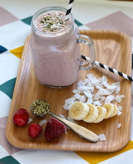 Strawberry Coconut Super Smoothie