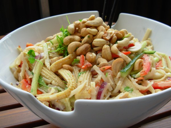 Cold Rice Noodles with Cashews