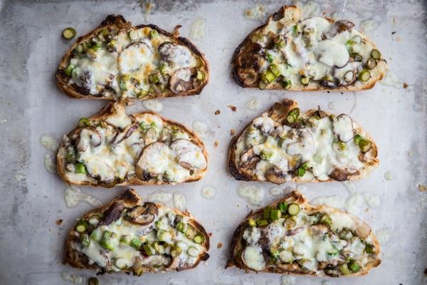 Asparagus-Mushroom Melts