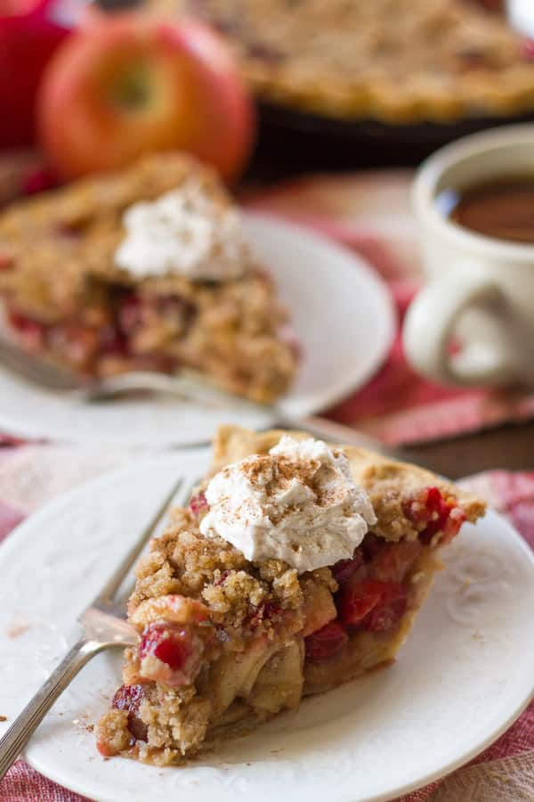 Chai-Spiced Cranberry Apple Pie