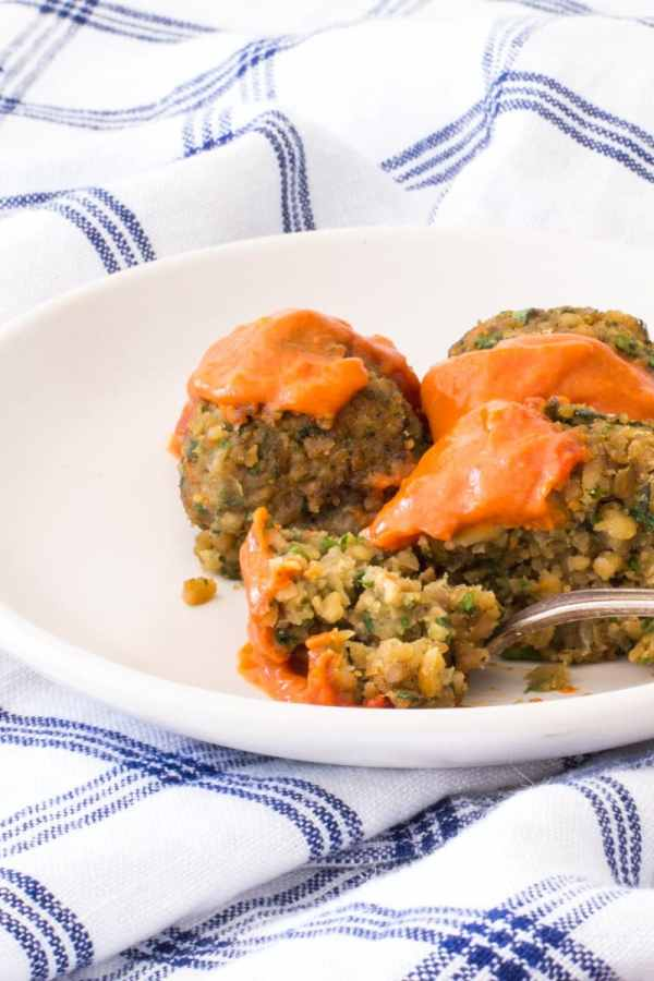 Baked Falafel with Spicy Moroccan Sauce
