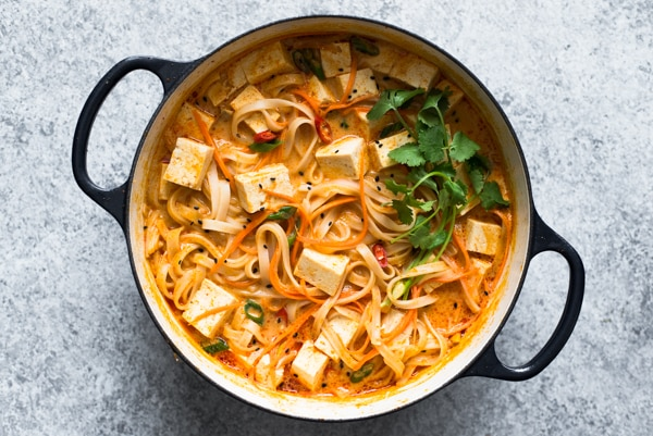 One Pot Curry Noodles From Ohmyveggies Com
