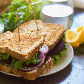 Balsamic Roasted Beet Sandwiches with Creamy Dill Cashew Cheese