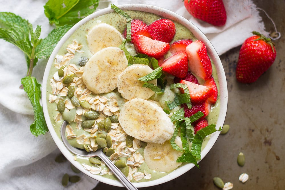 A Guide to Creating the Perfect Smoothie Bowl