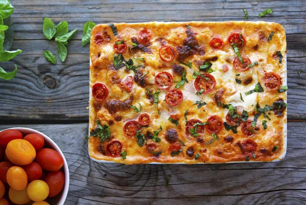 17 of the Best Vegetarian Casseroles: Creamy Caprese Cauliflower Casserole