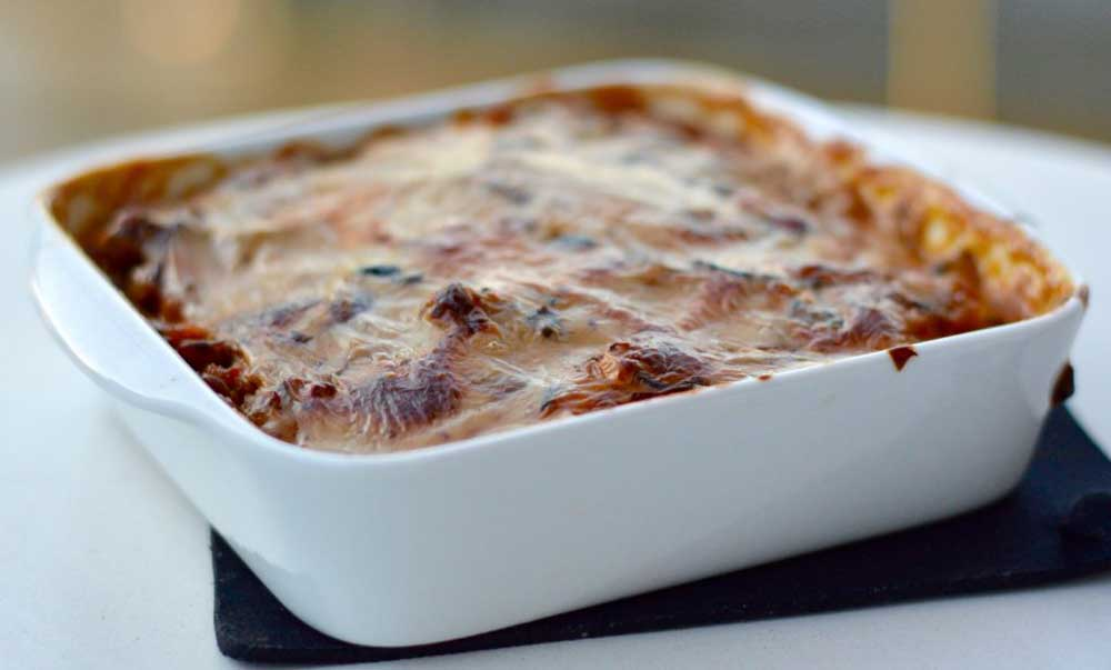 17 of the Best Vegetarian Casseroles: Aubergine and Lentil Vegetarian Casserole